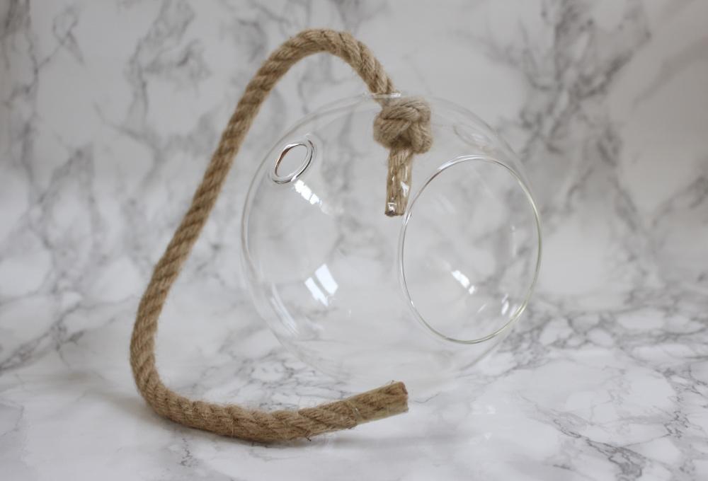 Glazen hangbal